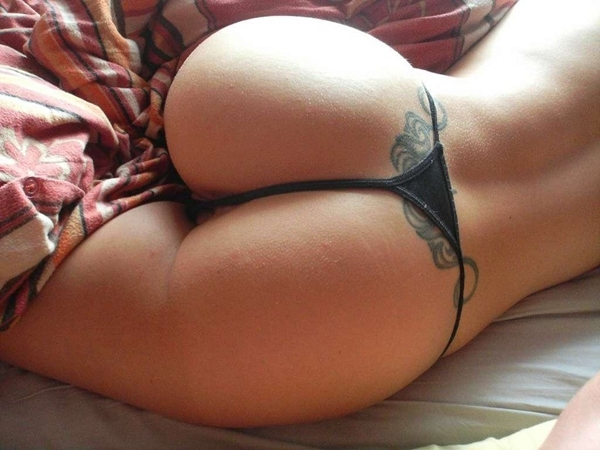 Tatoo Thong; Ass HD Hot