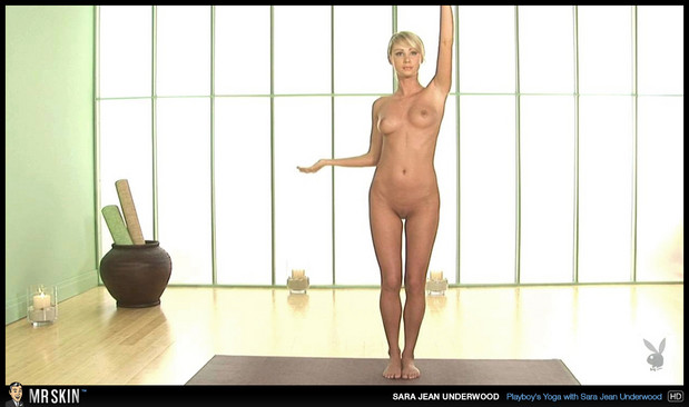 Sarah Jean Underwood sprawls naked; Celebrity
