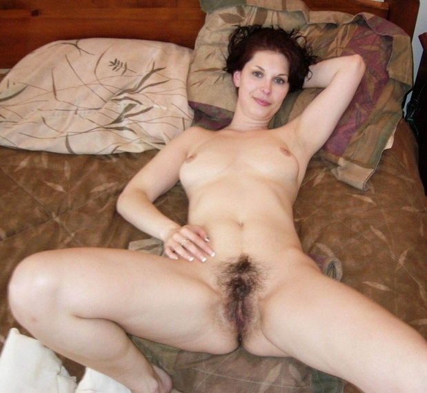 Nude Mature Spreading Pics