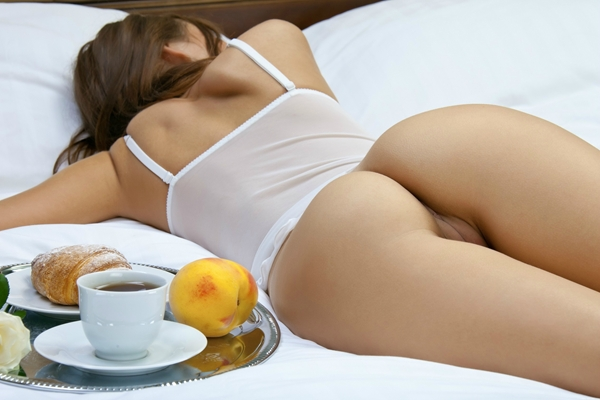 She doesn't want to eat breakfast.; Ass