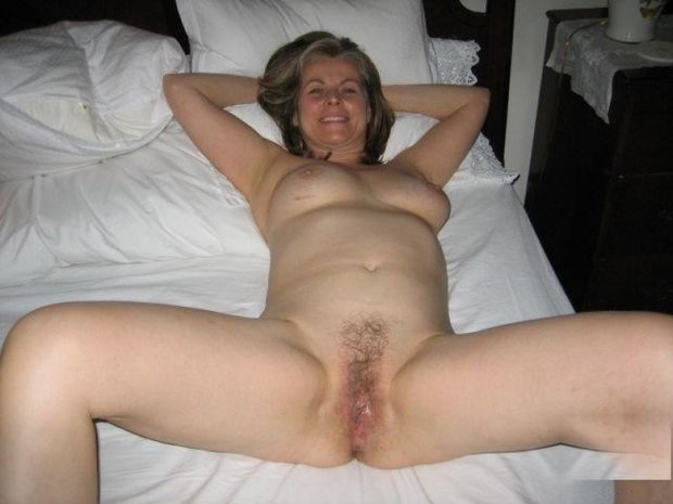 Mature milf hairy pussy big tits