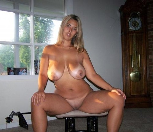 Big boobs mature with watch on