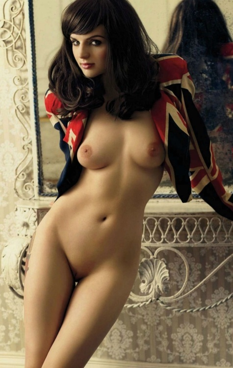 ...; Athletic Babe Brunette Hot