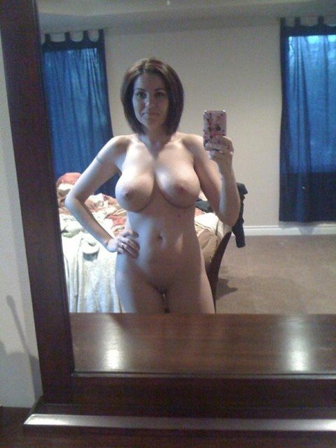 ...; Amateur Babe Brunette Hot Mom Selfshot